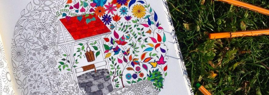 Esrarengiz Bahçe